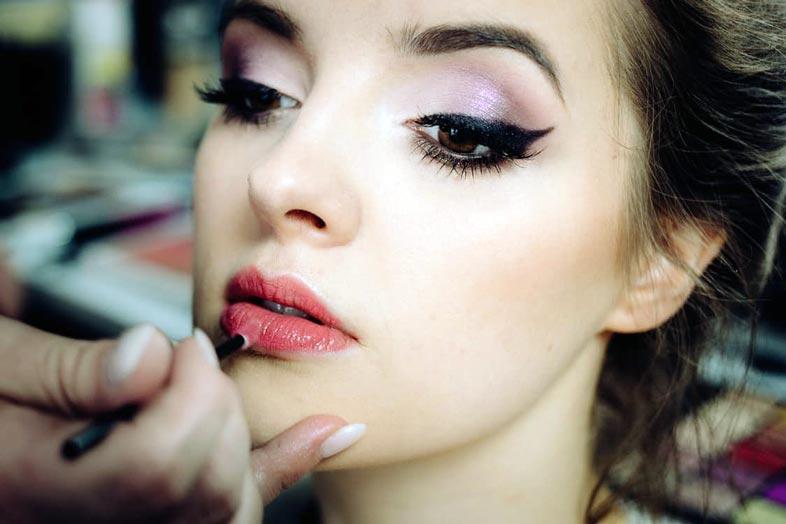 Cursos de Maquiagem Online Gratuitos