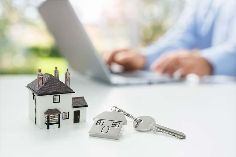 Diferença entre ter um site imobiliário próprio e na plataforma de terceiros